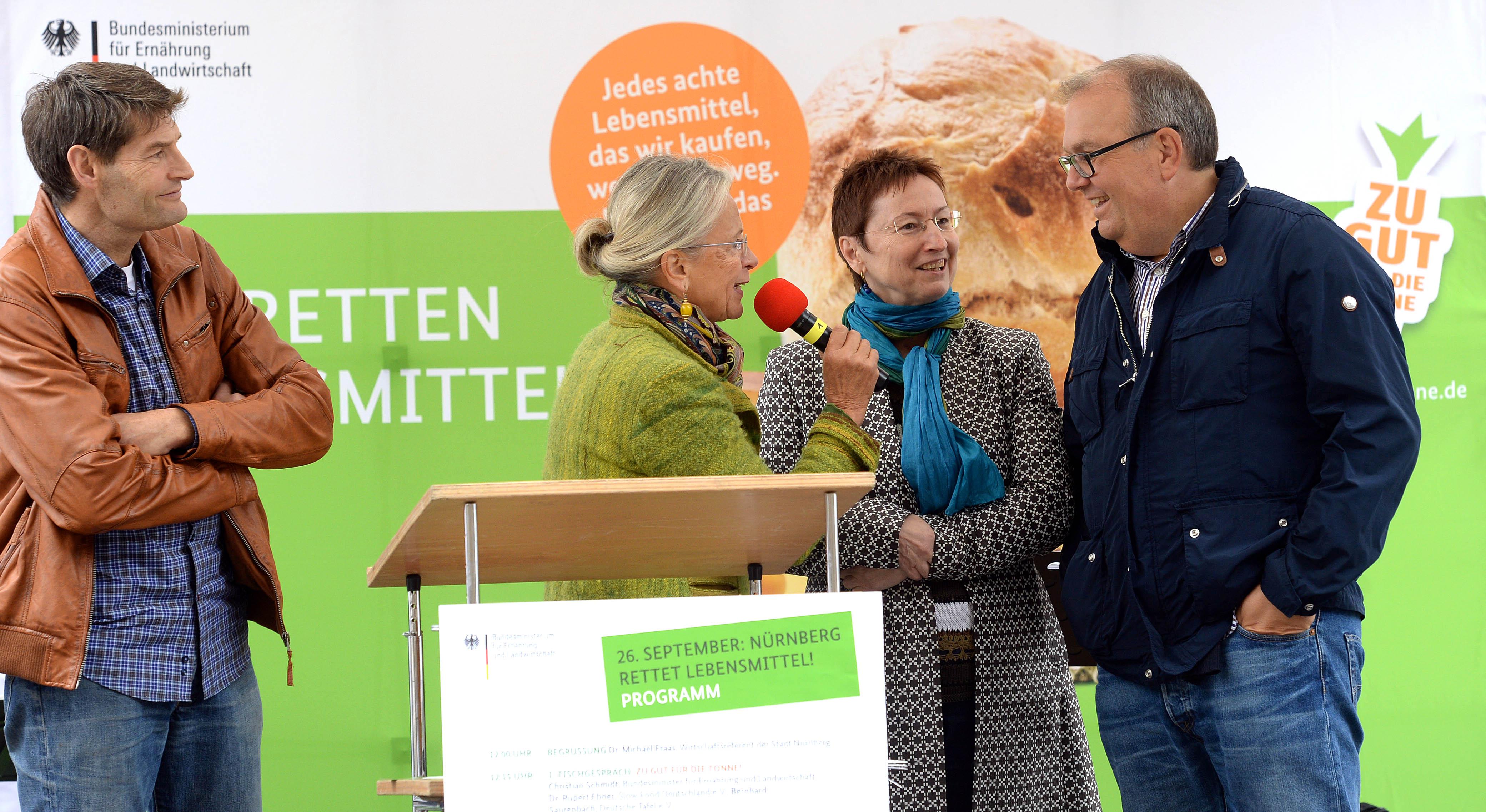 Slow Food, Deutschland, Initiative, Zu gut fŸr die Tonne Aktionstag, NŸrnberg Foto:NŸrnberg, 26.09.2015, Anestis Aslanidis , mobil: 0173 / 58 86 725
